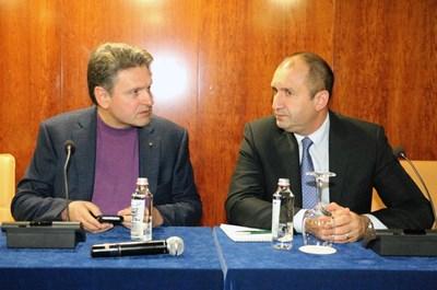 Николай Малинов и президента Румен Радев обсъждат отношенията на България и Русия.