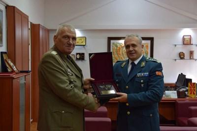 Снимки пресцентър на военното министерство
