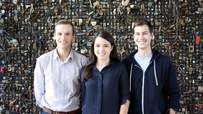 Александър, Татяна и Велизар (от ляво на дясно) създават ClaimCompass преди 5 г. СНИМКА: Личен архив