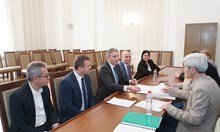 ДПС регистрира листата си за евроизборите - Карадайъ водач, Пеевски втори