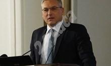 Червеният пленум извади Жаблянов от бюрото, одобри попълненията на Нинова