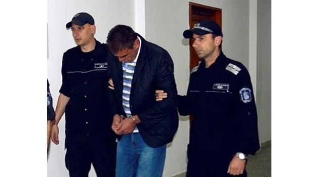 Прокуратурата протестира 4 години затвор за Киро Принца, застрелял готвача си