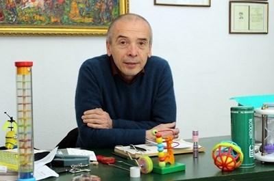 Доц. Атанас Мангъров, началник на Детското отделение на Инфекциозна болница в София