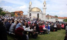 На 13-и, петък, лидер на ДПС откри джамия в Делиормана