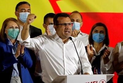 Кратко изтраяха лъжите на Заев, бетонът се разпука пред българските апетити, а неговата несериозна дипломация остави Македония без червени линии, с оспорвана идентичност, без език и без македонци извън границите на държавата, заключава скопски вестник. СНИМКА: Ройтерс