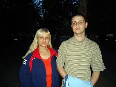 Майката Антоанета и братът Пламен СНИМКА: Виолета Минчева