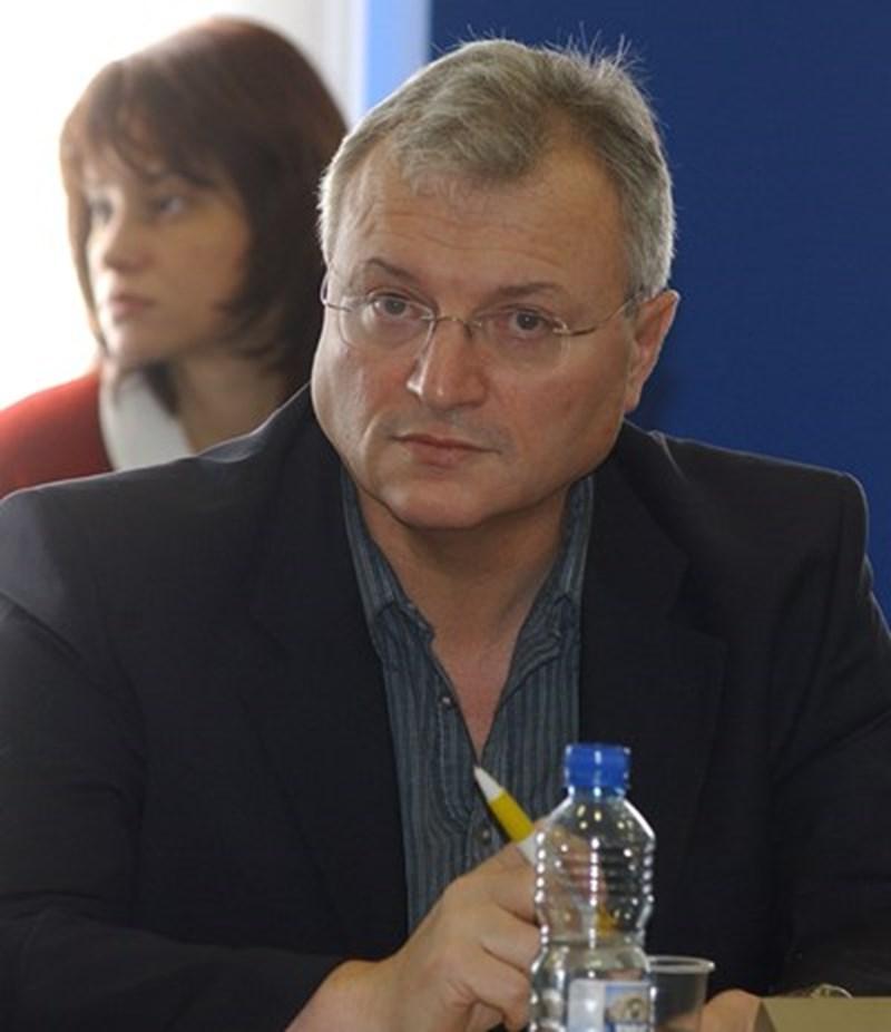 Валери Найденов