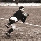 Легендарният вратар на ЦДНА Джими Найденов. Снимки: Личен архив