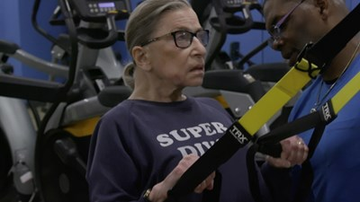 Рут Гинсбърг, която наскоро почина от рак на панкреаса, е правила физически упражнения до последно с личния си треньор.