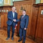 МО шефът в Пловдив: Успокоих колегите на майор Терзиев, те скърбят