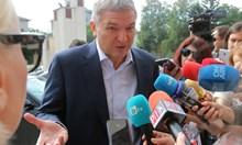 """Бобоков писал на президента и жена му, Радев призова да се пусне целият """"чат"""" (Обзор)"""