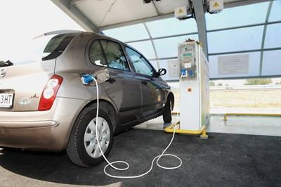 Възможно е електроенергията да поевтинее, тъй като в бъдеще ще се залага все повече на електромобилите.