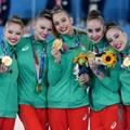 Ерика Зафирова, Лаура Траатс, Мадрен Радуканова, Стефани Кирякова и Симона Дянкова (от лаво на дясно) - първите олимпийски шампионки на България в художествената гимнастика. СНИМКА: ЛЮБОМИР АСЕНОВ, LAP.BG