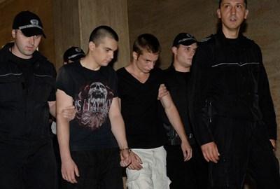 Александър Донов и Патрик Първев наведоха глави в съда. СНИМКА: АЛЕКСЕЙ ДИМИТРОВ