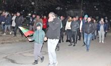 Войводиново под полицейска блокада заради пребития командос (Видео, снимки)
