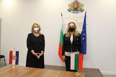 Марияна Николова: Хърватия подкрепя дигиталния зелен сертификат за пътуване
