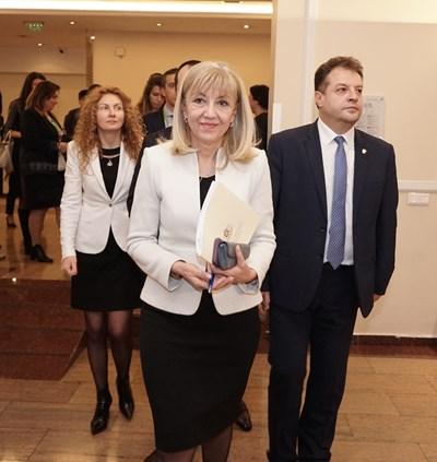 Регионалният министър Петя Аврамова СНИМКИ: Десислава Кулелиева