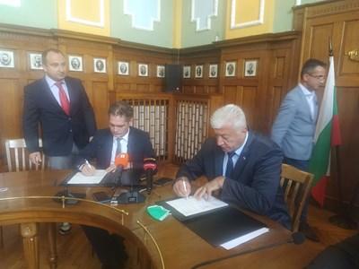 Здравко Димитров и Лъчезар Борисов. Снимка: Авторът