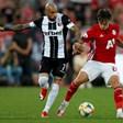 Затварят стадионите в Първа лига