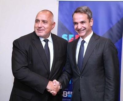 Реализацията на ключовите съвместни инфраструктурни и енергийни проекти беше сред акцентите на разговора между Борисов и Мицотаки. Снимки и видео пресслужба на Министерския съвет