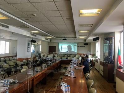 """Открито заседание на КЕВР за цената на газа през май, онлайн се включва шефът на """"Булгаргаз"""" Николай Павлов."""