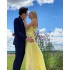 Бруклин и Никола официално обявиха годежа