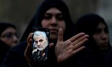 Иран отбеляза годишнина от смъртта генерал Касем Солеймани