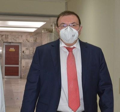 """Министър Ангелов: Имаме """"план Б"""" за масовата ваксинация"""