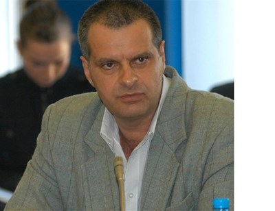 Проф. Михаил Мирчев