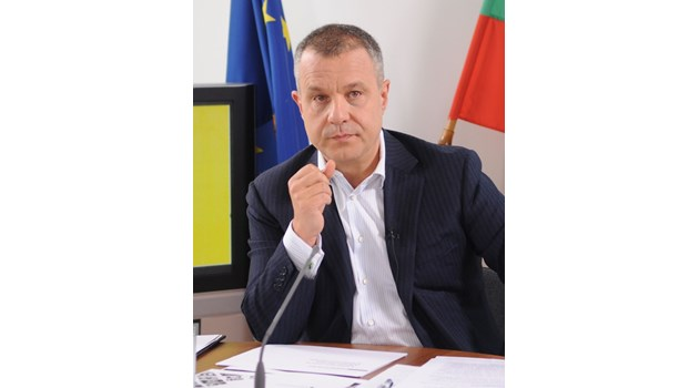 Кошлуков прати сигнала си срещу Минеков до Европа: Политически натиск със смразяващ ефект
