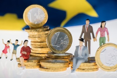 Нов лимит от 10 000 евро за плащания в брой спира мръсните пари в ЕС