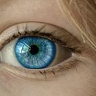 Очните лунички рядко са опасни, но за всеки случай се наблюдават