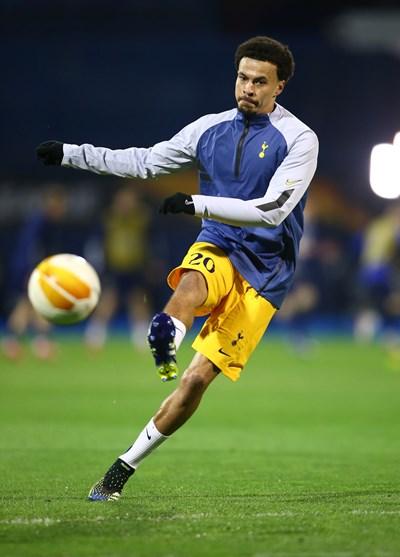 """Футболистът от """"Тотнъм"""" Дели Али се насочи към приложението, след като приключи 5-годишна връзка. СНИМКА: РОЙТЕРС"""