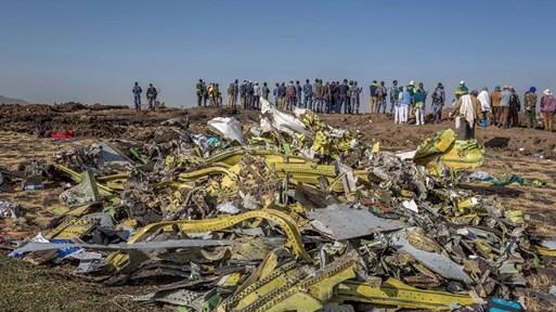 """""""Боинг"""" губи $40 млрд. за дни след катастрофата. Авиокомпании ще търсят обезщетение за паркираните си джетове"""