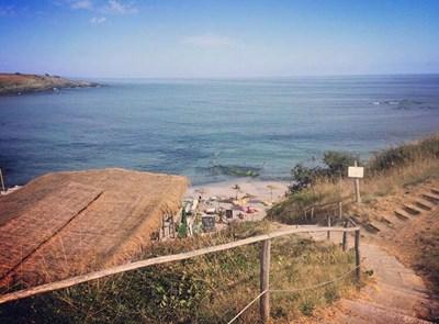 Първоначалният законопроект предвиждаше глоба от 500 до 1000 лв. за поставени плажни принадлежности на дюни, но с промените отпада. СНИМКА: Снимка: Авторът