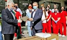 """Животоспасяващи респиратори дари """"ВП Брандс Интернешънъл"""" на шест лечебни заведения"""