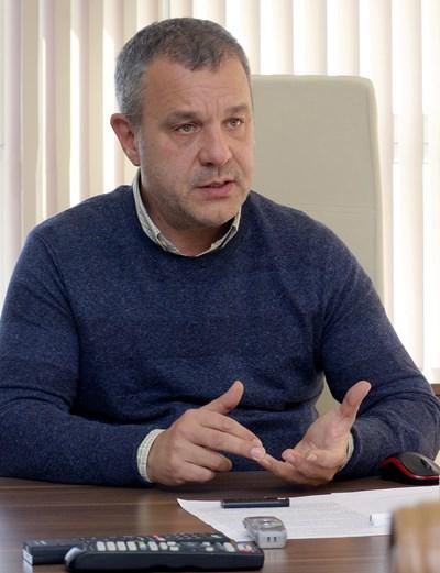 Емил Кошлуков СНИМКА: Румяна Тонeва