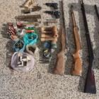 Незаконни оръжия и боеприпаси Снимки: МВР