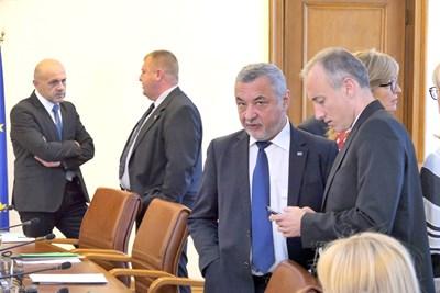 След днешното си редовно заседание министрите отидоха и на първия отчет пред партньорите от коалицията. СНИМКА: Пиер Петров