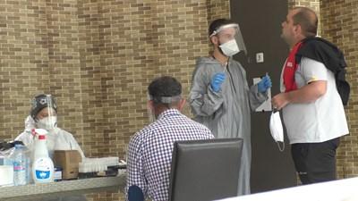 Заразените с коронавирус в завода за авточасти в Смолян. СНИМКА: Валентин Хаджиев