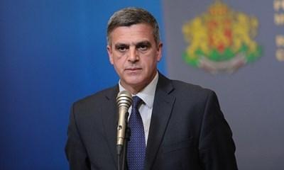 Стефан Янев ще гостува утре на родната Поповица