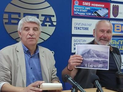 Николай Овчаров и Пламен Павлов СНИМКА: Дима Максимова