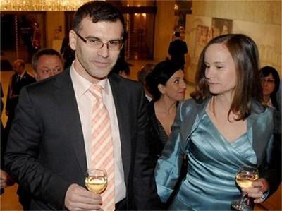 Керълин Дянкова с мъжа си