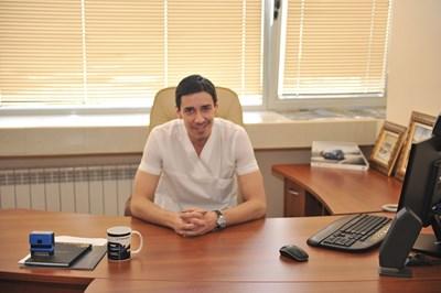 Д-р Весел Кантарджиев