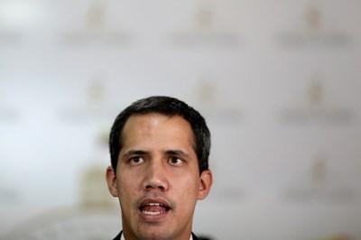 Венецуелският опозиционен лидер Хуан Гуайдо  СНИМКА: Ройтерс
