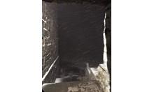 Заваля сняг на Черни връх