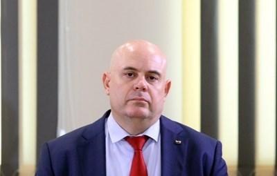 Иван Гешев: Благодаря на президента, че спази конституцията