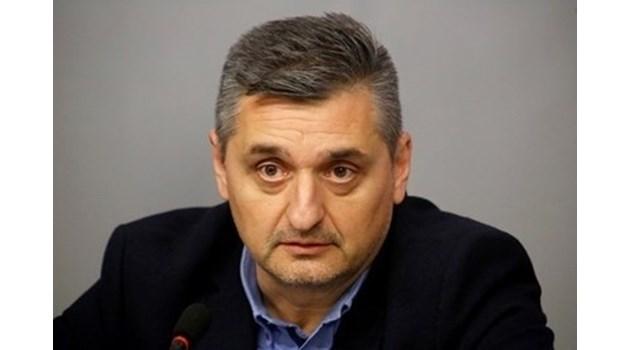БСП направи сериозен пробив, а Станишев познава пътя само надолу