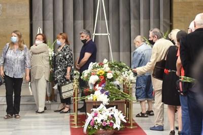 Поклонение на  Миряна Башева  СНИМКИ: Велислав Николов