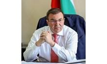 Министър Ангелов прекратява предизборната си кампания
